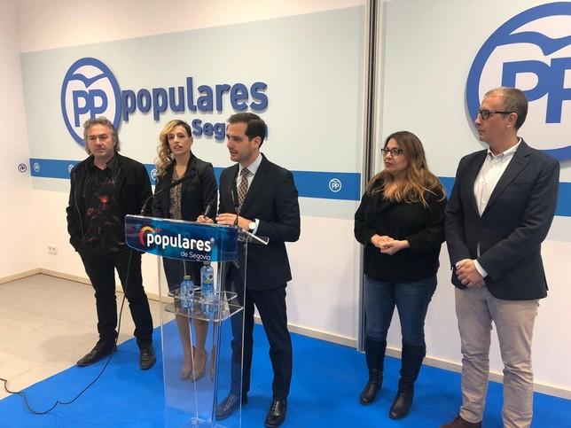 El PP ficha a Carolina García, Marco Costa y Silvia Pasarón