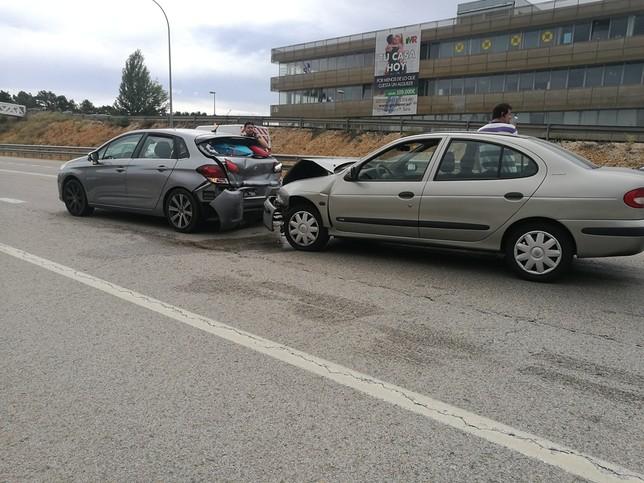 Una colisión en la N-234 deja tres trasladados al hospital