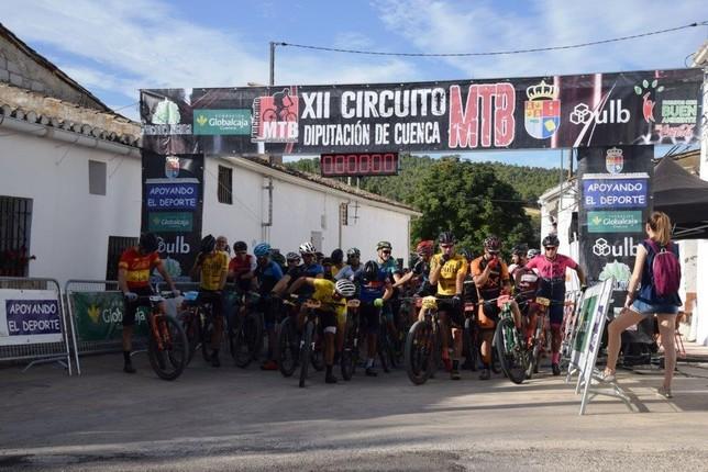 Israel Fernández Rivero gana la V marcha MTB de Valdeganga