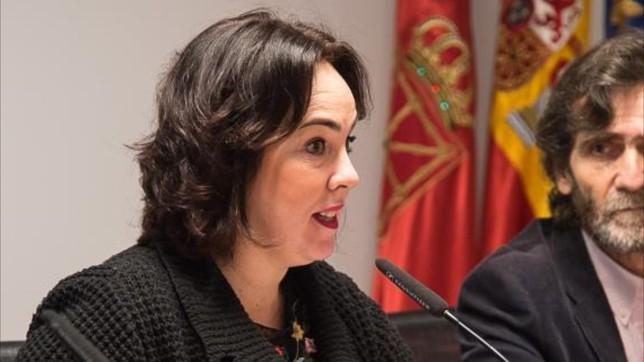 Ainhoa Aznárez en el Parlamento