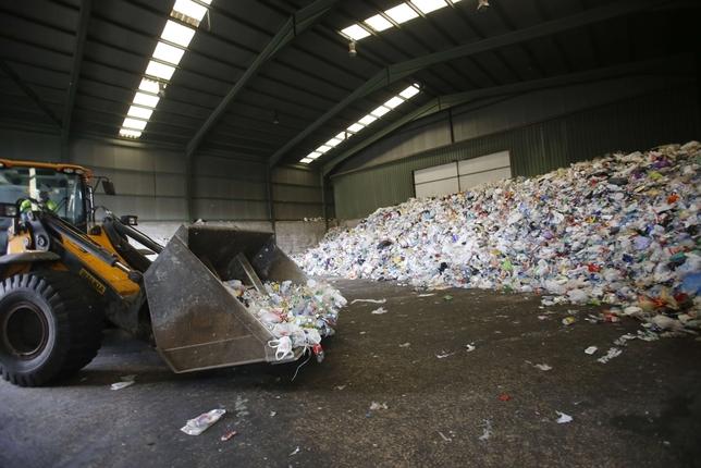 RSU recupera el 40% de los residuos /Fotos: Rueda Villaverde
