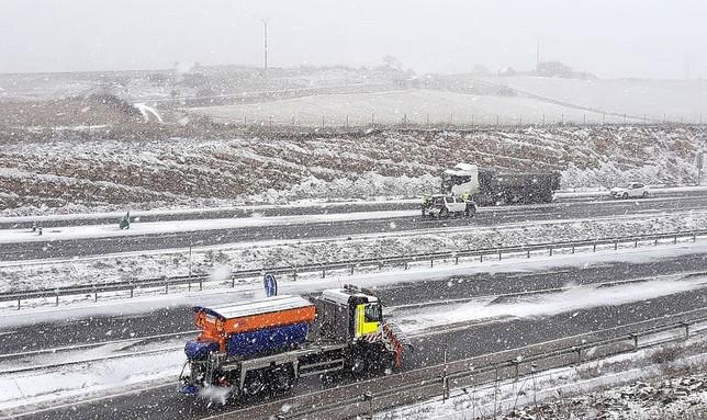 Las 61 quitanieves tendrán que luchar con los 25 cm de nieve
