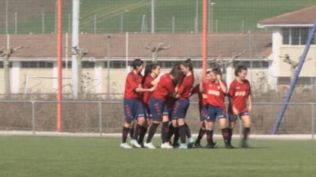 Las jugadoras rojillas celebran un gol en un partido anterior