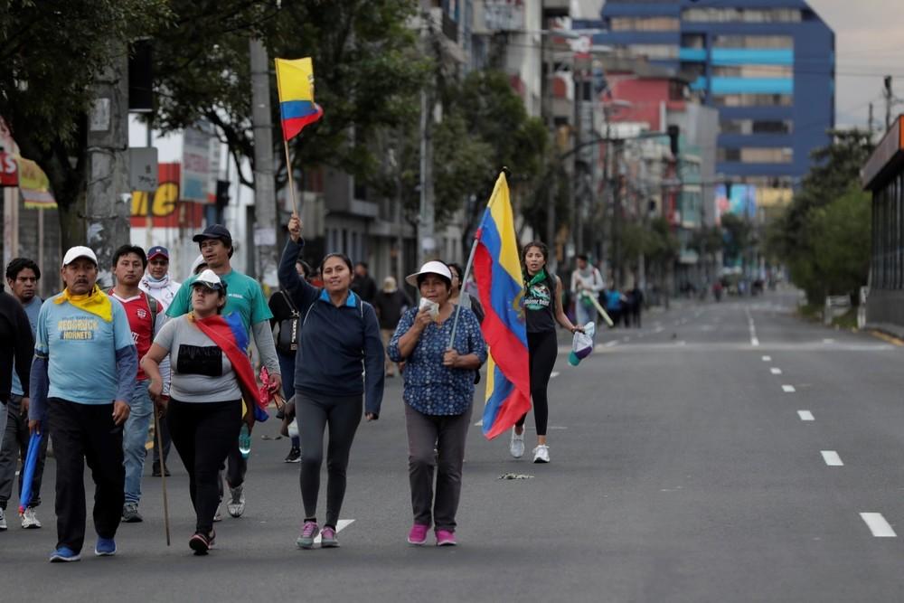 El 'toque de queda' pone en jaque el diálogo en Ecuador