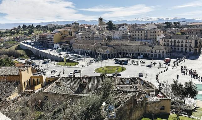 Vista general de la plaza de la Artillería, Padre Claret y Vía Roma