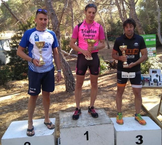 Triatlón Laguna y Tripi brillan en Madrid e Ibiza