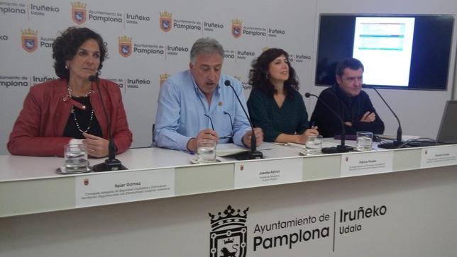 Rueda de prensa en el Ayuntamiento de Pamplona NATV-Ángel Garraza