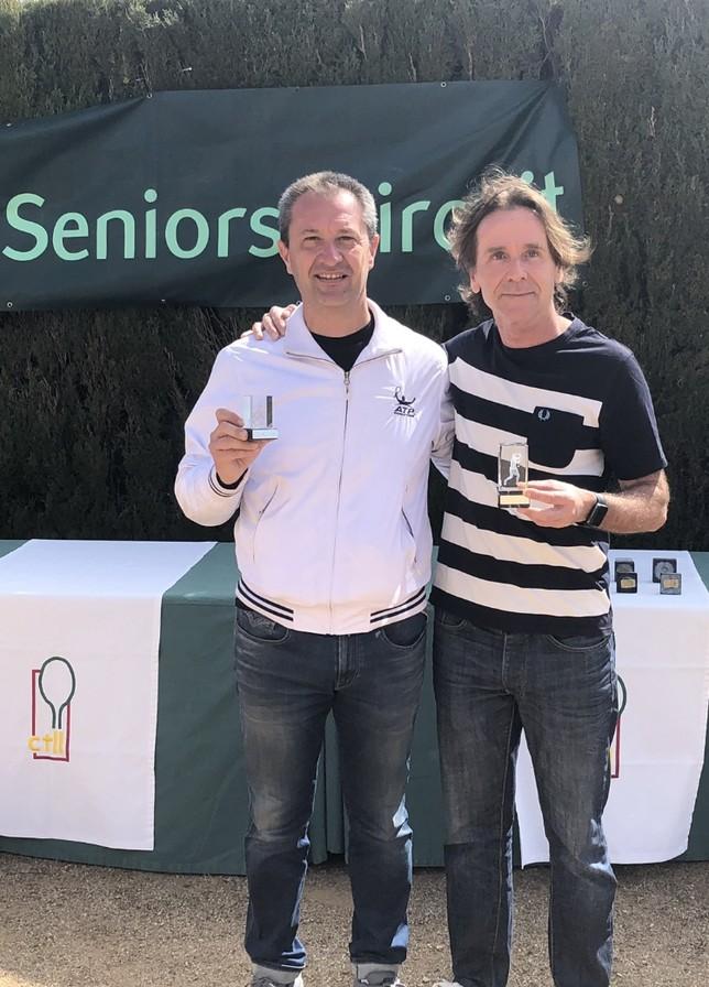 """El Club Tenis Pamplona """"B"""" asciende a primera en el VNRC"""