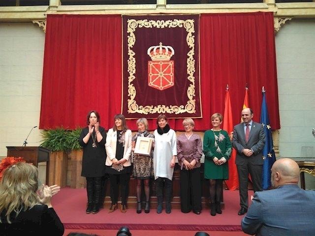 AECC, el fallecido Gaviria y ADACEN optan a Medalla de ORO