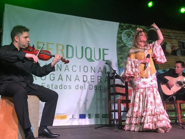 Fran Pati y Juanjo Albiñana ensalzan lo rural en Ferduque