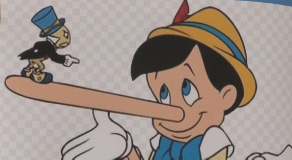 Lectura de Pinocho en más de 15 idiomas