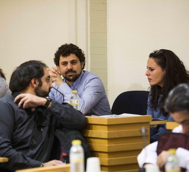 PSOE y Ganemos ratificarán el acuerdo de los presupuestos RUEDA VILLAVERDE