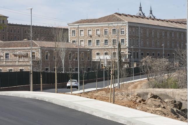 La remodelación de la Cuesta de San Servando, cuyas obras están prácticamente finalizadas, ha supuesto una inversión de 225.000 euros.  Víctor Ballesteros