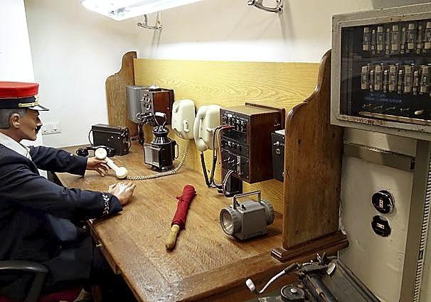 La llegada del teléfono también se refleja en el museo arandino. A.D.C.