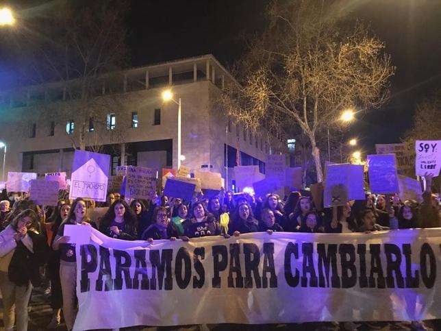 Otro histórico 8-M: 11.000 personas en las calles de Segovia