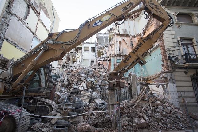 La calle Salamanca 'pierde' uno de sus clásicos edificios José Miguel Esparcia