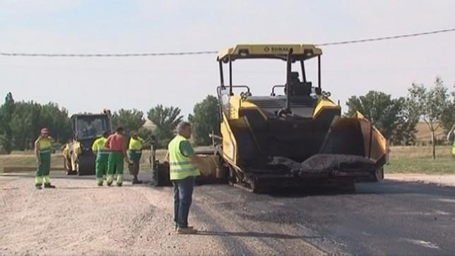 Rey insta a la Junta a que mejore las carreteras comarcales