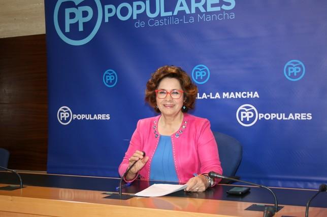 El PSOE ve la encuesta con prudencia y el PP la descalifica