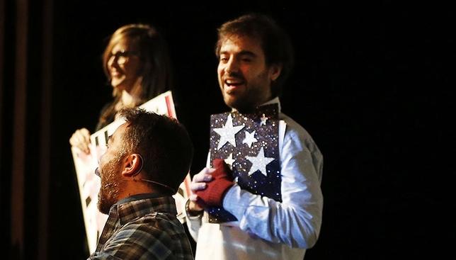 El doctor Cepillo durante una actuación de Los Guachis. ARTURO PÉREZ