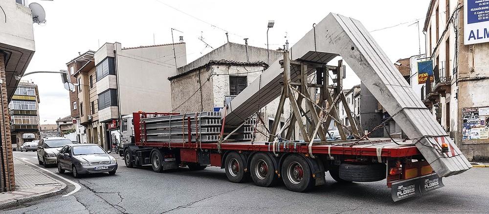 Cantalejo soporta una gran intensidad de tráfico de camiones de gran tonelaje.
