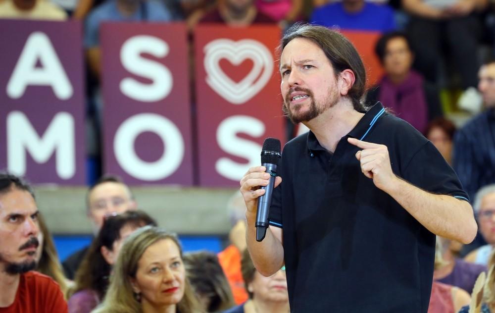Iglesias pide que Sánchez se comprometa a no pactar con el PP