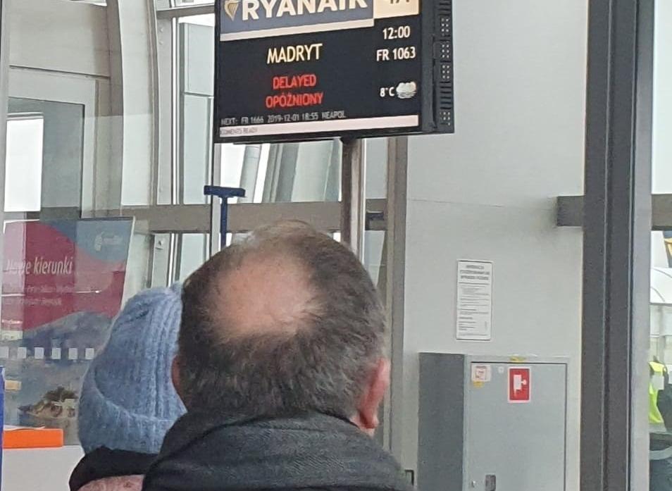24 horas de espera en Varsovia para regresar a Valladolid