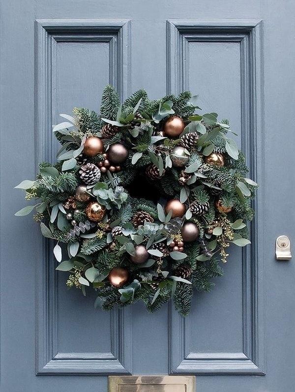 Las propuestas rompen con la decoración navideña tradicional y el color rojo.