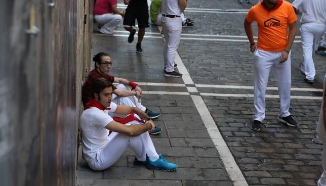 Sentada de corredores por la velocidad de los cabestros