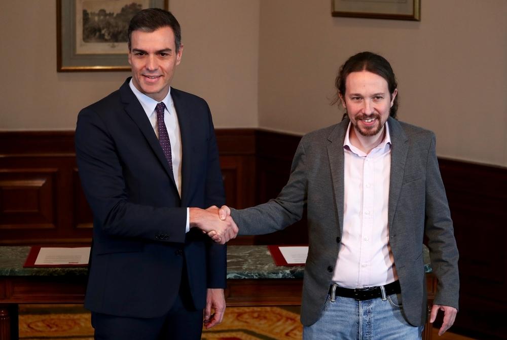 Sánchez e Iglesias firman un acuerdo de Gobierno de coalición