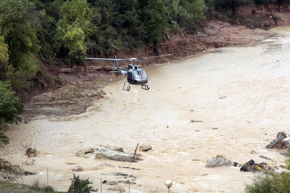 Un muerto y cinco desaparecidos en Cataluña por el temporal