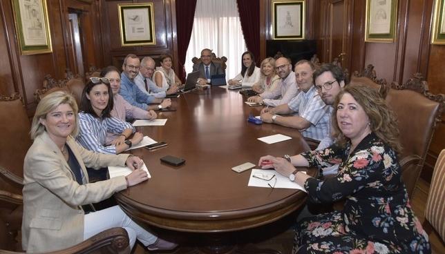 Maya organiza el nuevo Ayuntamiento en ocho grandes áreas Ayuntamiento de Pamplona