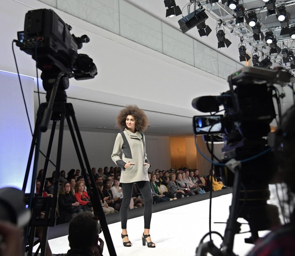Marae también fabrica ropa exterior de punto.