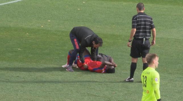 Yeboah sufre un desvanecimiento tras el entrenamiento
