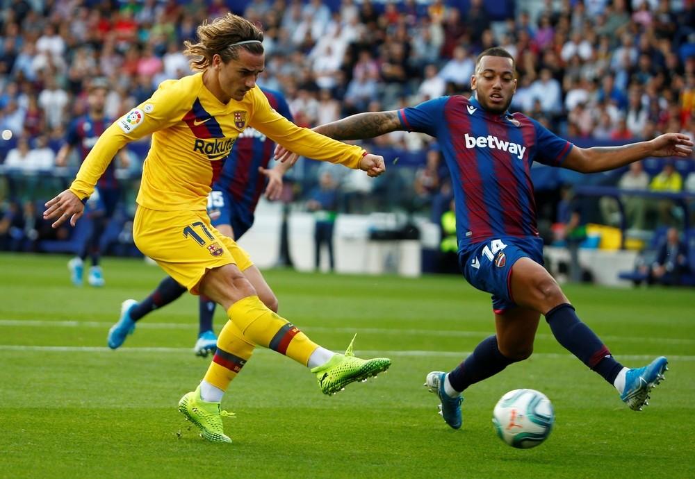 El Levante se merienda al Barcelona