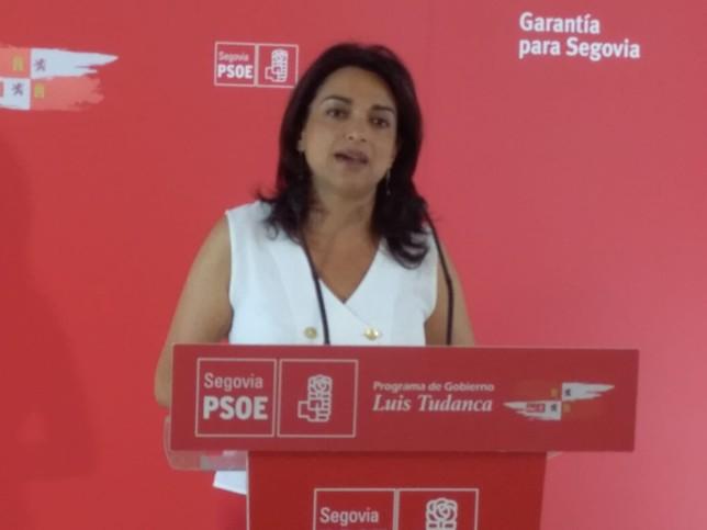 Alicia Palomo, portavoz de la Ejecutiva Provincial del PSOE Paqui Cuerdo