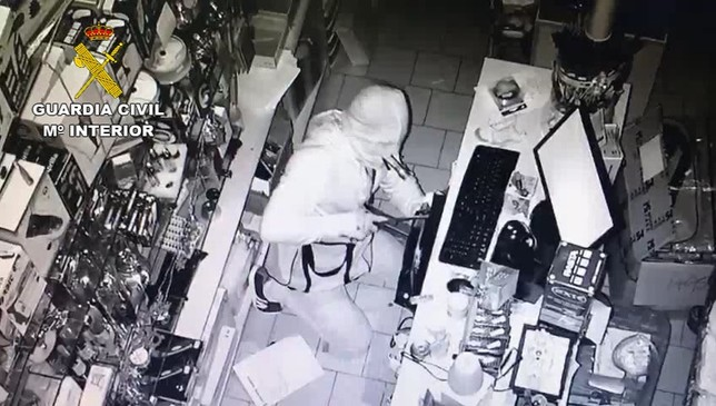 Detenido en Tomelloso por varios robos en tiendas