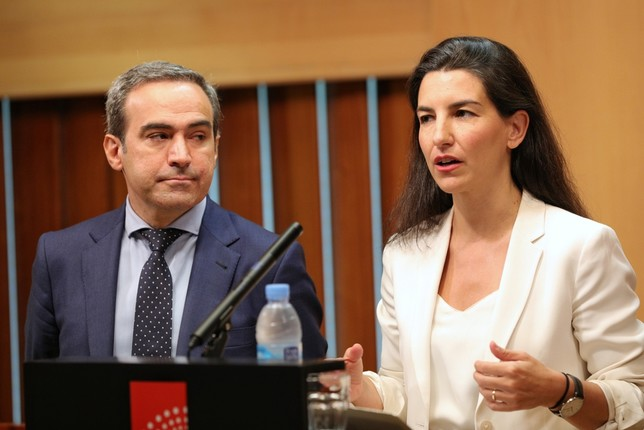 Vox tiende la mano a los que busquen un pacto en Madrid [Jesús HellÁn  ]