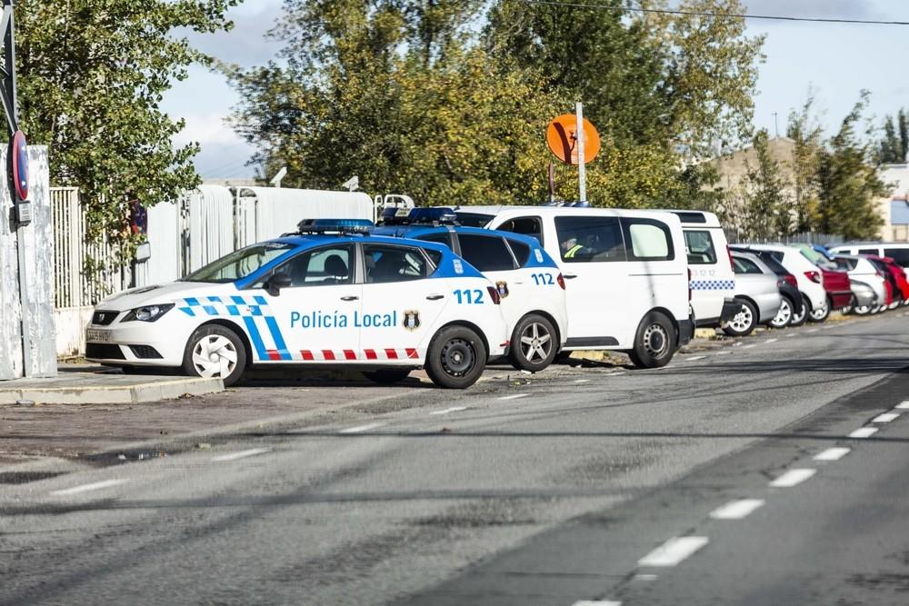 La Policía Local patrulla con coches de hasta casi 20 años