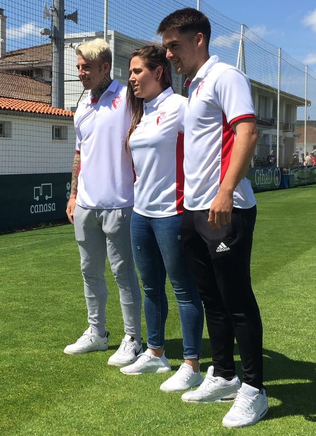 Brandon Thomas, Mai Garde y Endika Irigoien posaron con la prenda Gonzalo Velasco