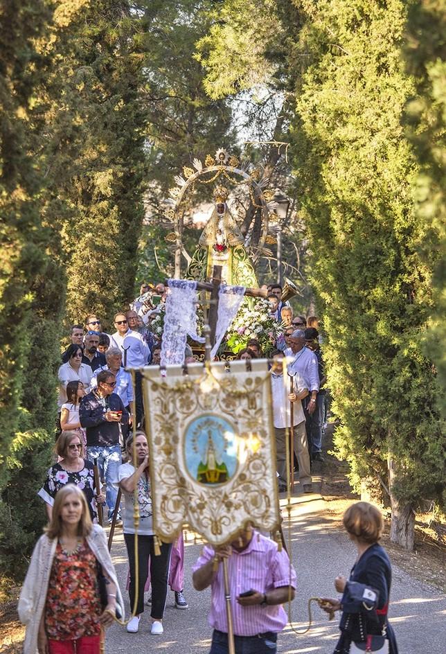 La Virgen de la Bastida se eleva entre el pinar Yolanda Redondo