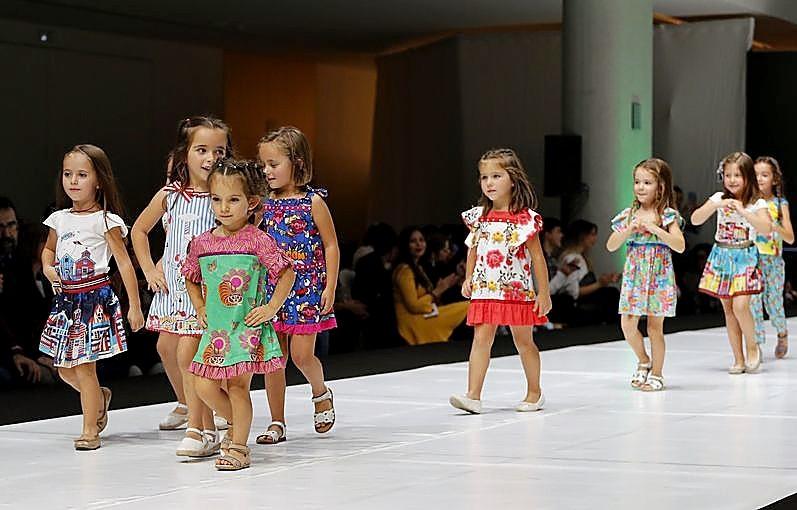 Moda infantil, flores, novias y un homenaje a Ángel Iglesias