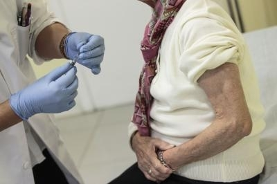 La gripe tarda, pero registra una leve subida esta semana