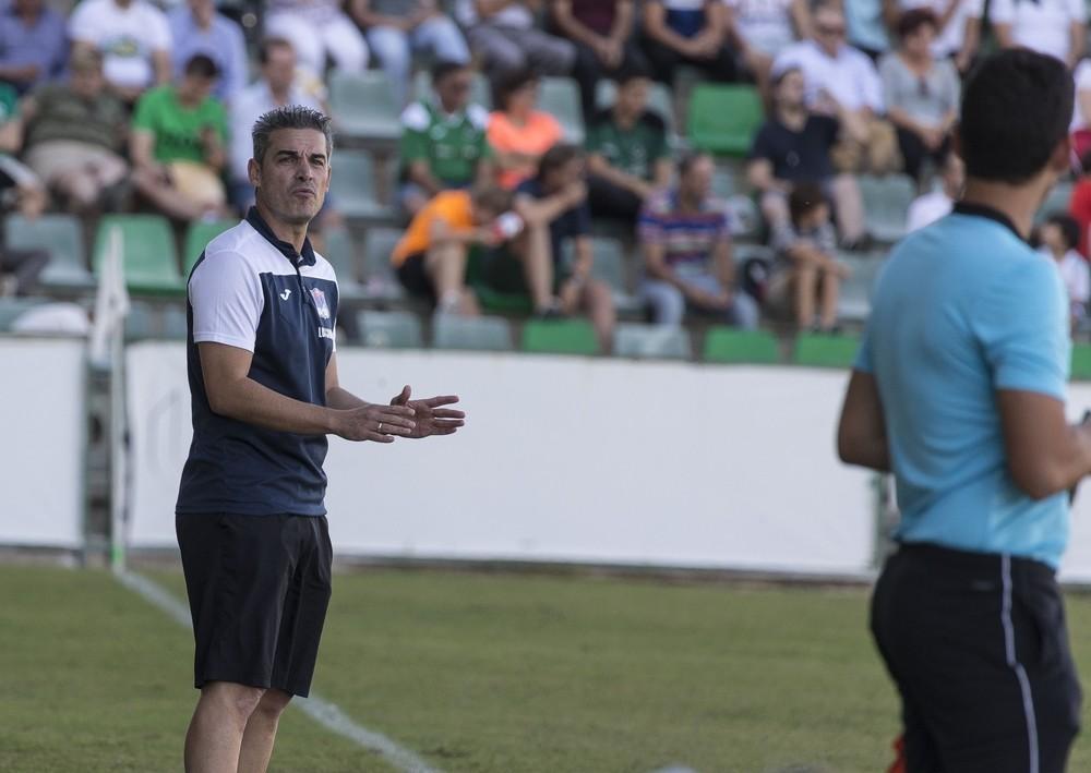 Fernando Lominchar, técnico del CD Villacañas