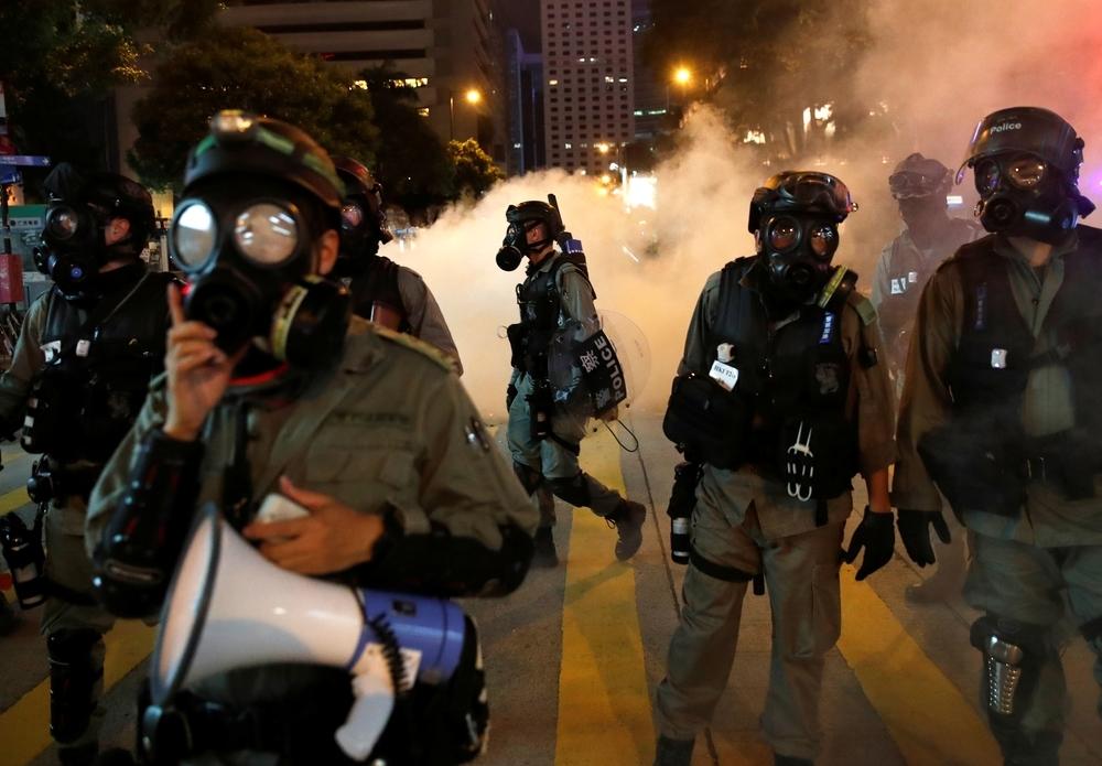 Violentos enfrentamientos en Hong Kong