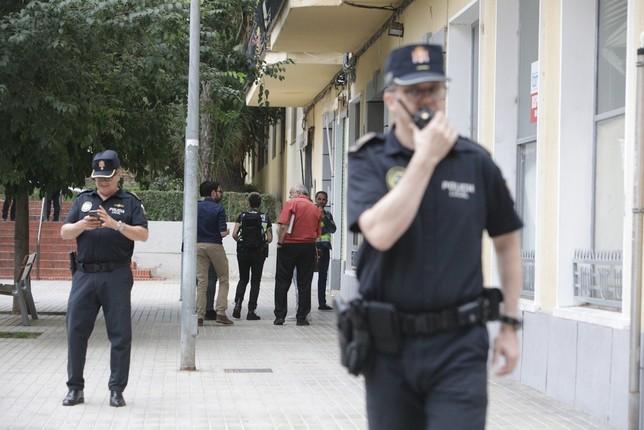 Encuentran a una mujer fallecida en su casa albacete [PUNIQRANDLINE-(au-dating-names.txt) 22