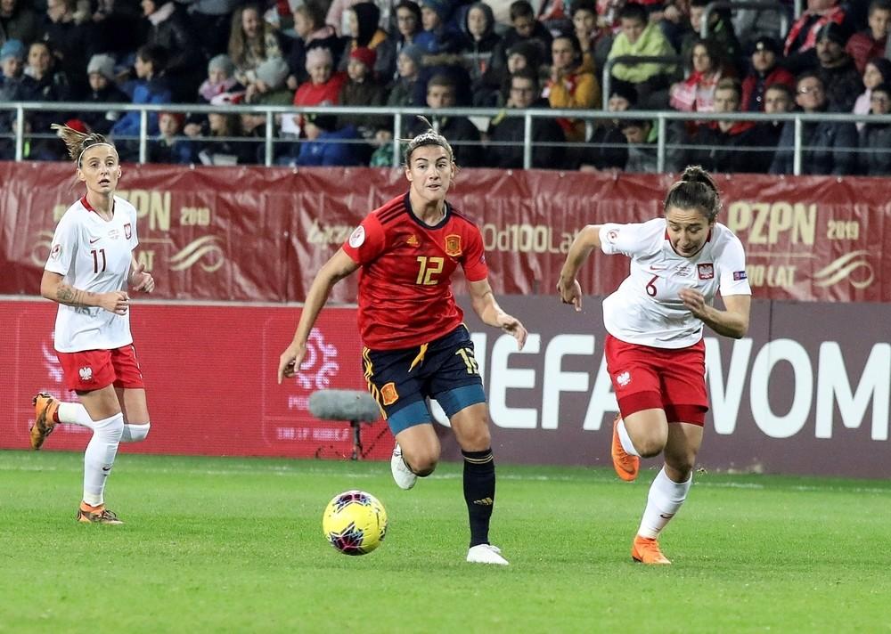 España suma otro punto rumbo a la Eurocopa de 2021