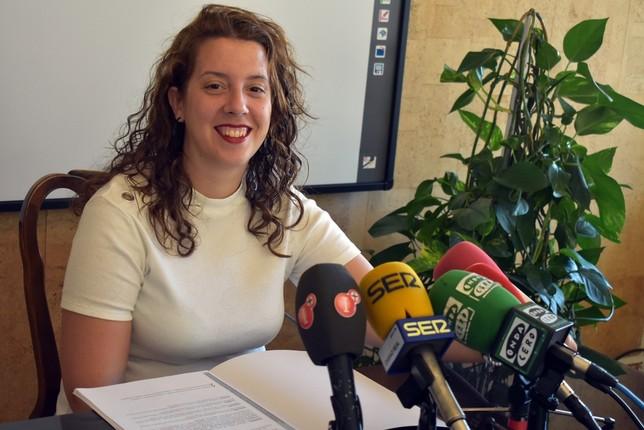 El Ayuntamiento aprueba nuevas obras de acerado en Las Casas
