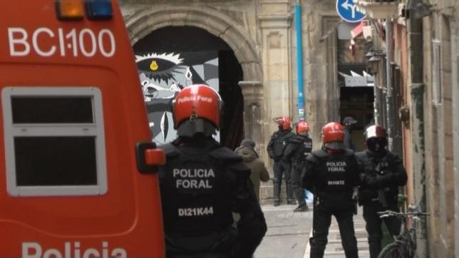 La Policía Foral ha accedido al interior del palacio del Marqués de Rozalejo