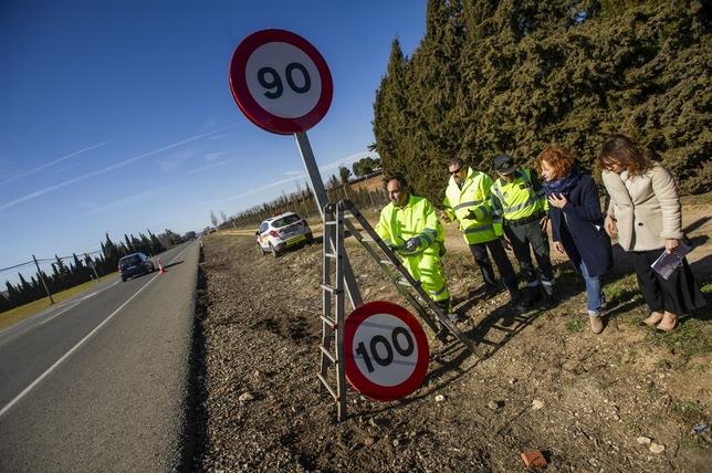 Instalan 33 señales con el nuevo límite de 90 k/h Pablo Lorente
