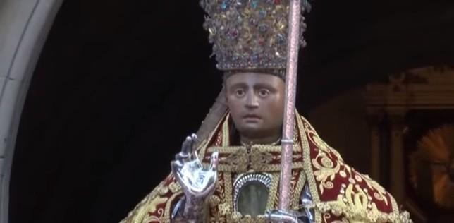 San Fermín sale en procesión el día grande de las fiestas NATV